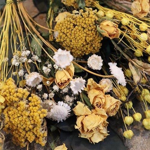 Wreath Making Dried Flowers